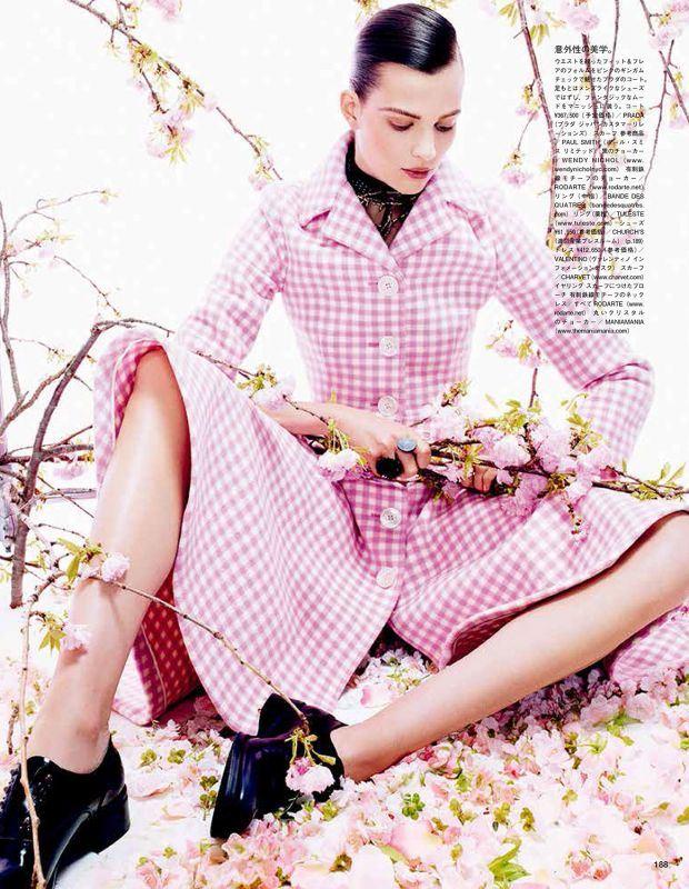 Bette Franke by Sharif Hamza, per Vogue Giappone Agosto 2013