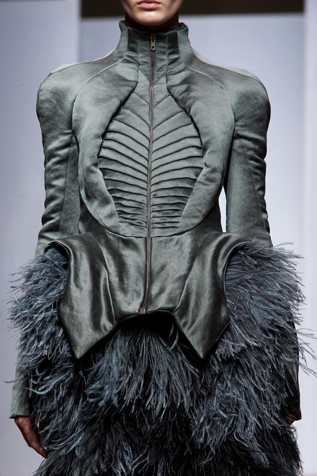 Yiqing Yin, detailsHaute Couture, f/w 2013-14