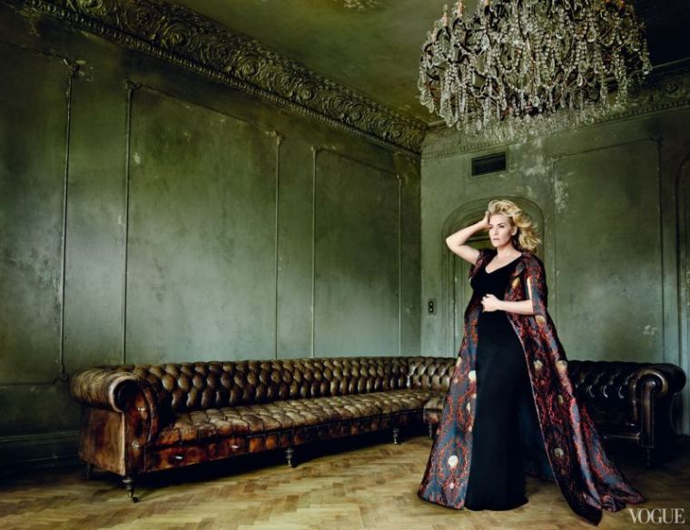 Kate Winslet by Mario Testino for Vogue Us november 2013