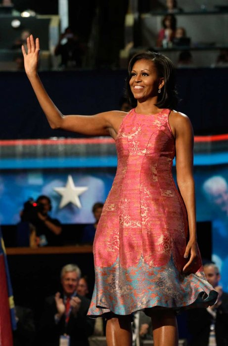 Alla convention del partito democratico, a settembre 2012 Obama ha bisogno di essere sostenuto in vista delle elezioni e lei è raggiante in un abito J.Crew. Foto AP